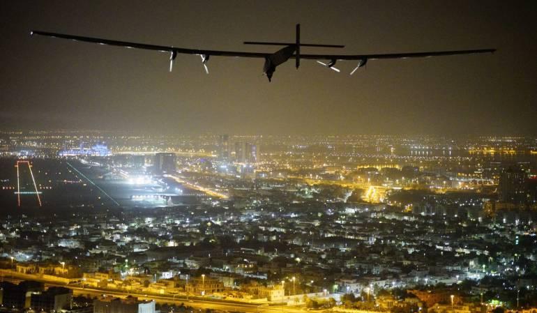 Recursos naturales como combustible.: Avión Solar Impulse II le da la vuelta al mundo sin usar gasolina