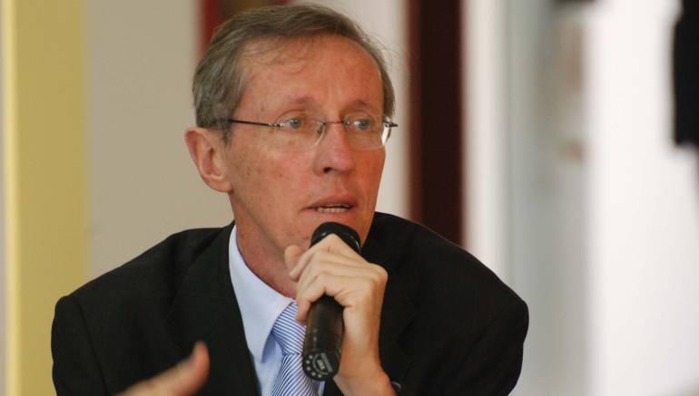 Navarro Wolf fue abucheado en Medellín: Navarro, víctima de intolerancia durante campaña del Sí a la paz