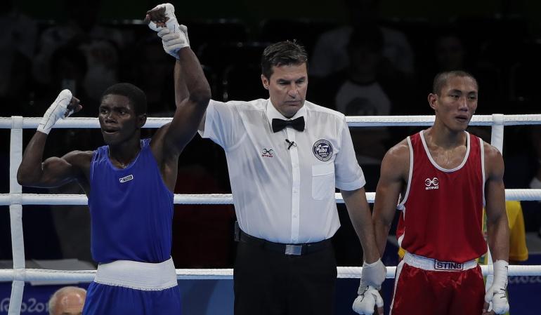 Yuberjen Martínez boxeo cuartos de final: Yuberjen Martínez consigue victoria unánime y clasifica a cuartos del boxeo