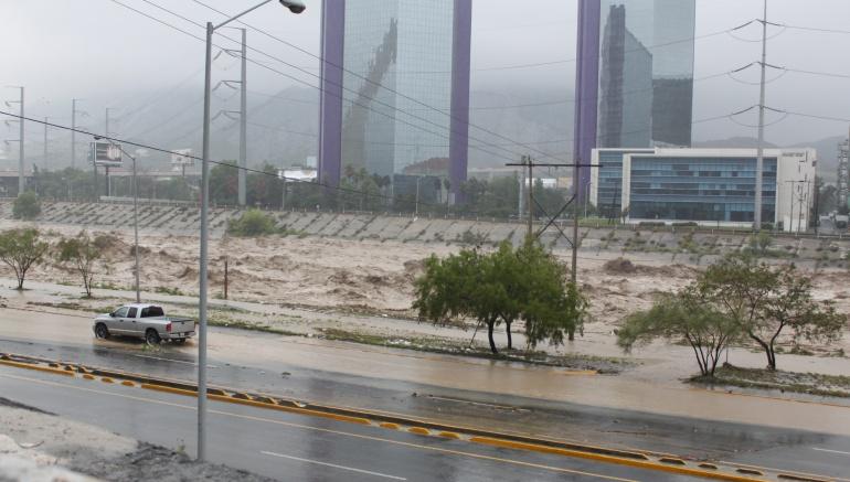 Al menos 39 muertos y miles de afectados tras pasar tormenta Earl por México