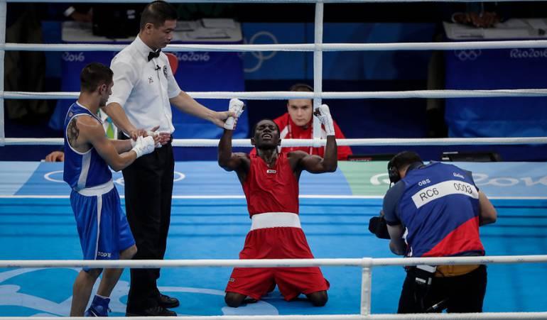 Yurbergen Martínez avanzó a semifinales y aseguró medalla en boxeo