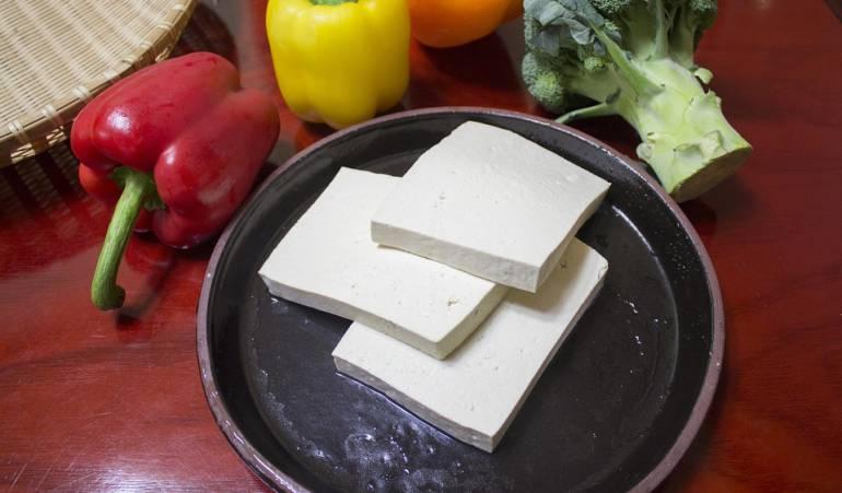 Consumir tofu trae beneficios saludables al cuerpo.: Beneficios que trae comer tofu