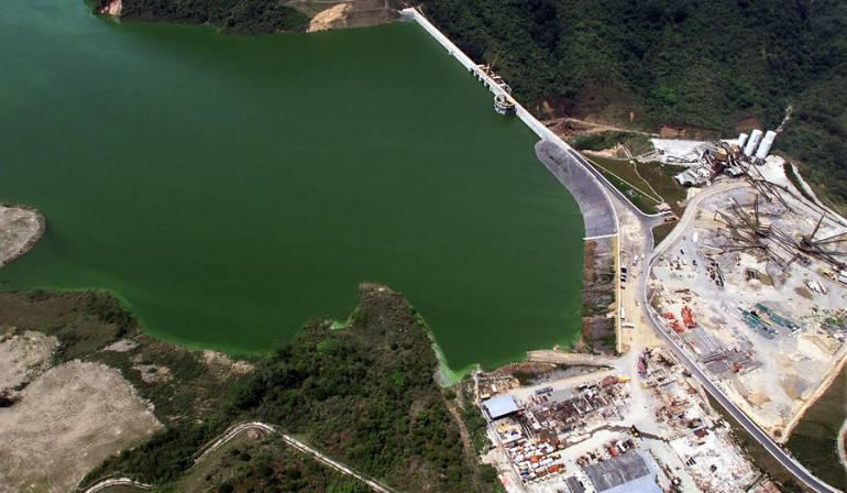 Centrales hidroeléctricas en Colombia: Defensoría advierte preocupante impacto ambiental de las hidroeléctricas en Colombia
