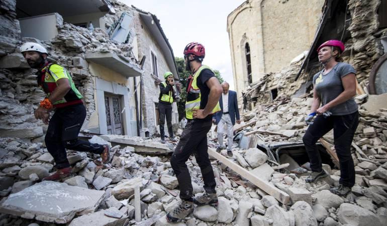 Víctimas terremoto en Italia: Al menos 267 muertos tras el terremoto en el centro de Italia