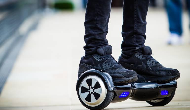 Prohíben las patinetas eléctricas en China: Pekín prohíbe que monopatines eléctricos y segways circulen por sus calles
