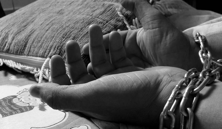 víctimas de trata de personas: Víctimas de trata de personas podrán ser atendidas sin tener que denunciar