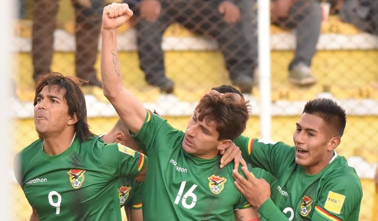 Bolivia vence a Perú en el debut del entrenador argentino Ángel Hoyos