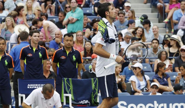 TENIS ABIERTO EE.UU.: Djokovic pasa otra ronda de nuevo por la retirada de su rival