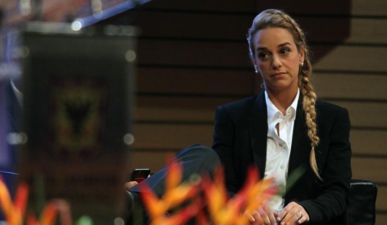 Lilian Tintori denuncia a Nicolás Maduro ante la Corte Penal
