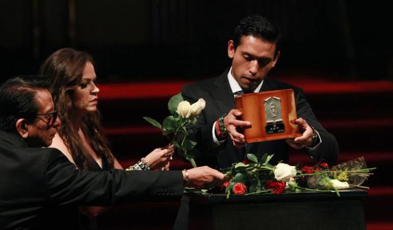 Familia de Juan Gabriel expresa su agradecimiento a México