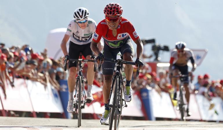 """Nairo Quintana resiste 1'21"""" de ventaja sobre Froome: Nairo resiste la embestida de Froome y llega con 1'21"""" de ventaja a la última montaña"""