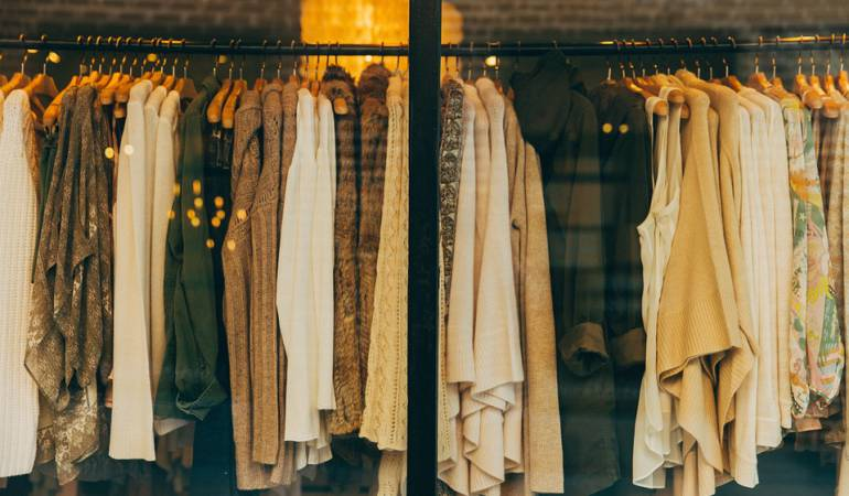 Cómo vivir con solo 10 prendas de vestir: ¿Sería capaz de vivir con solo 10 prendas de ropa?