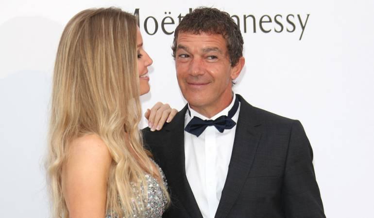 Antonio Banderas se interesó primero por la hermana gemela de su novia: Antonio Banderas se fijó primero en la hermana gemela de su novia Nicole Kimpel