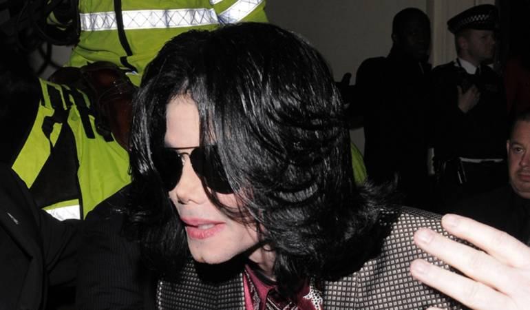 Michael Jackson red de prostitución infantil: Michael Jackson, acusado de dirigir una red de prostitución infantil