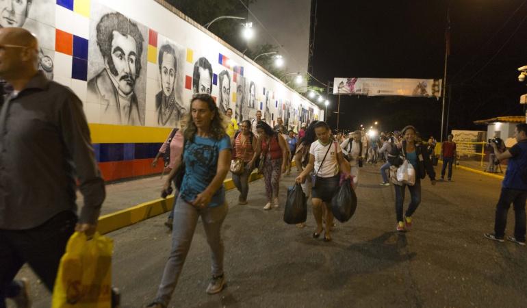Deportarán a 18 venezolanas indocumentadas que ejercían la prostitución en Cómbita, Boyacá: Deportaron 18 venezolanas indocumentadas que ejercían la prostitución en Boyacá