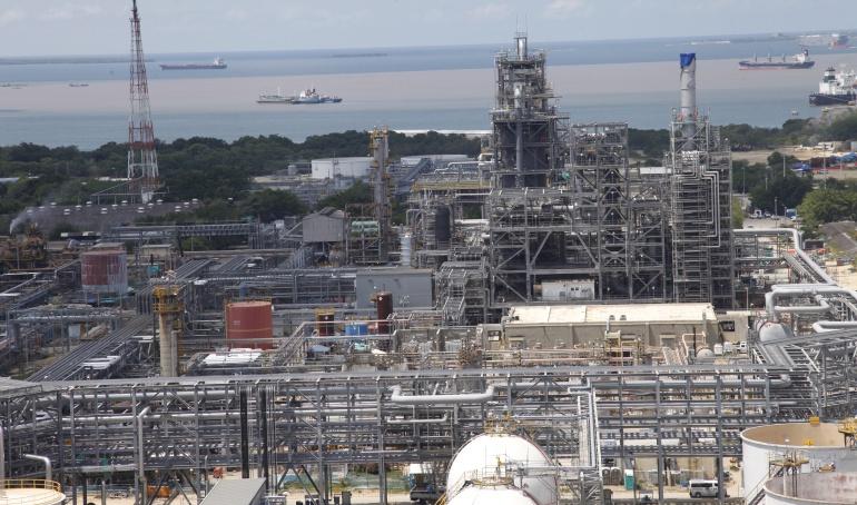 La industria petrolera en 10 años aportó 215 billones al Gobierno Nacional