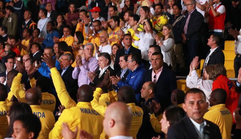 Santos y Timochenko podrían ser nominados al Nobel de Paz