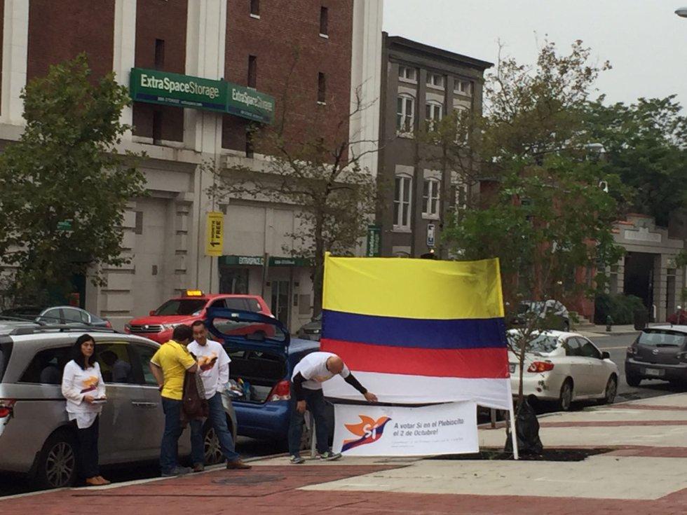 Colombianos En El Exterior Se Unen A La Jornada De Elecciones Internacional Album Caracol