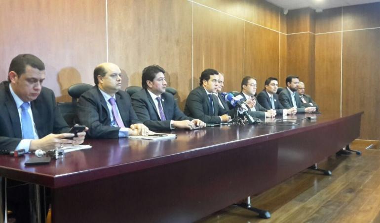 Cambio radical pide al presidente relevo en el ministerio for Cambios en el ministerio del interior