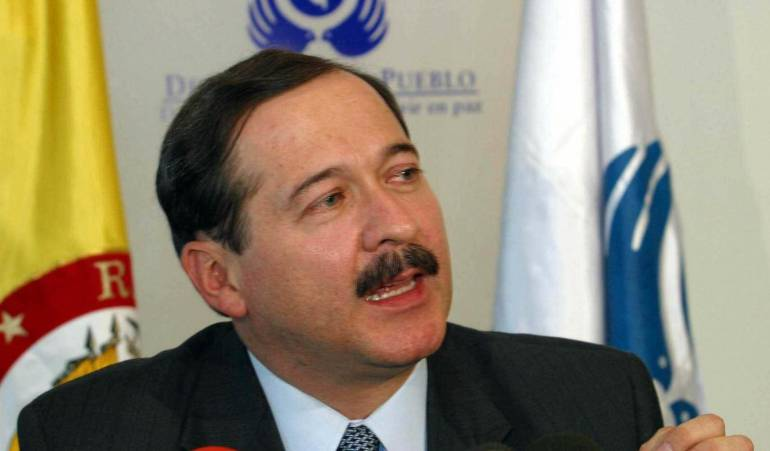 Cabildo abierto para refrendar los acuerdos de paz propone expresidente de la Corte