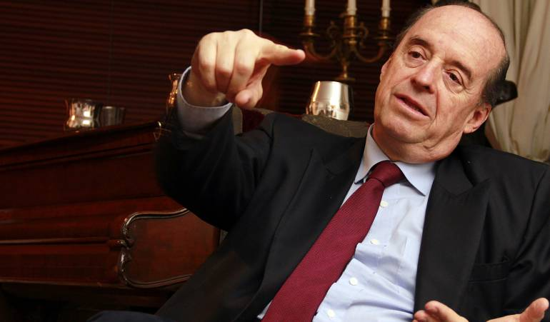 Leyva propone un nuevo plebiscito de refrendación: Álvaro Leyva propone hacer un segundo plebiscito para refrendar acuerdos