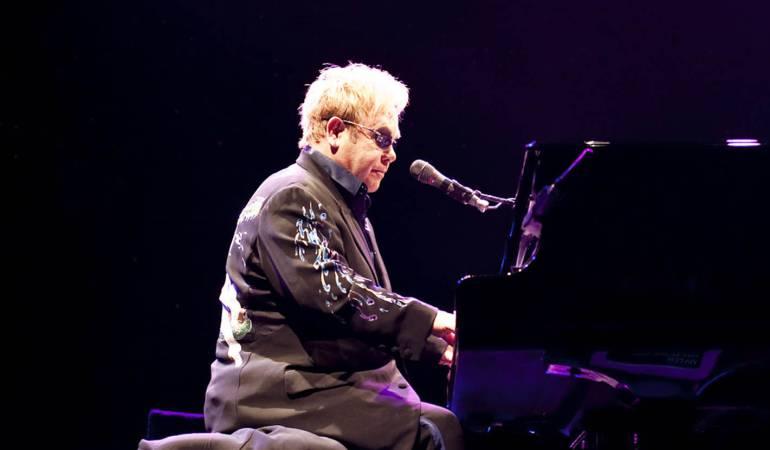 La autobiografía de Elton John: El músico Elton John publicará su autobiografía en 2019