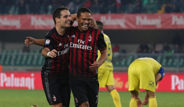 Carlos Bacca: Bacca aporta en el triunfo del Milan sobre Chievo y asciende en la tabla