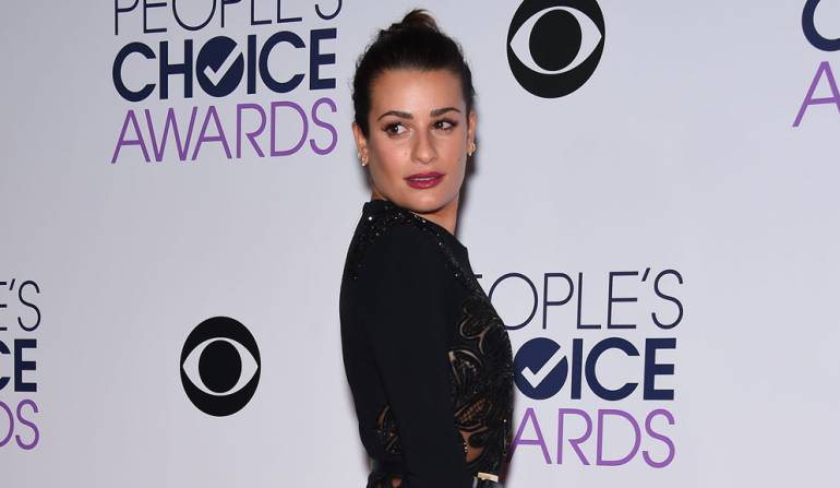 Lea Michele orgullosa de su cola: Lea Michele se siente muy orgullosa de sus curvas