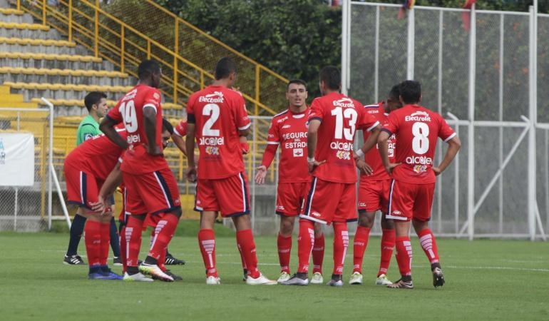 Patriotas Boyacá en líos por deber sueldos a nueve jugadores: Patriotas Boyacá en líos por deber sueldos a nueve jugadores