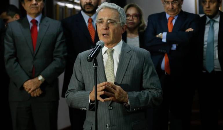 La Justicia a la carta de Uribe