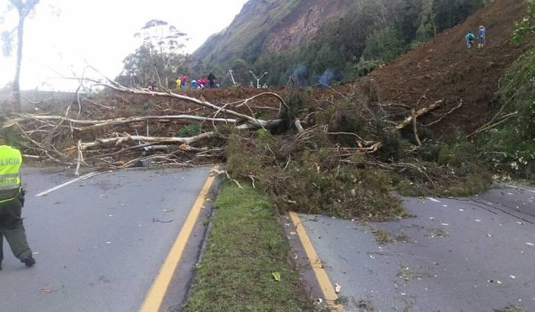 Fuertes lluvias destruyeron una mina de carbón abandonada en Paz del Río, Boyacá: Fuertes lluvias destruyeron una mina de carbón abandonada en Paz del Río, Boyacá
