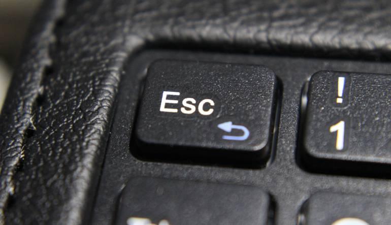 """Tecla Escape: ¿Está la tecla """"Escape"""" condenada a desaparecer de los teclados?"""