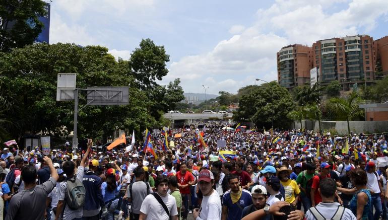"""Oposición Venezuela solución electoral: Oposición insistirá en una """"solución electoral a la crisis"""" que vive Venezuela"""