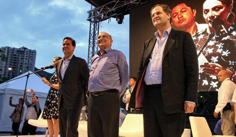 Equipo negociador del Gobierno en la Habana recibe el premio Semana a Líderes 2016: Equipo negociador con las Farc recibe premio Líderes Colombia 2016