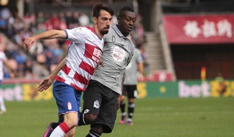 Su escalofriante lesión con La Coruña tras un resbalón — Marlos Moreno