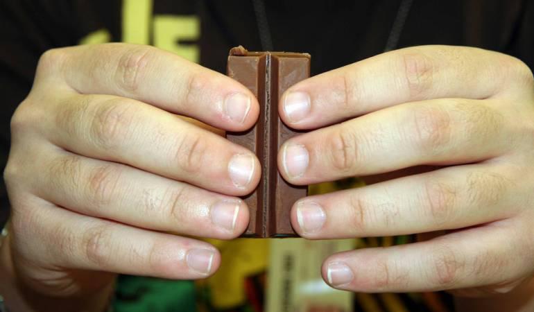Hershey obsequia 6, 500 chocolates a universitario en EU