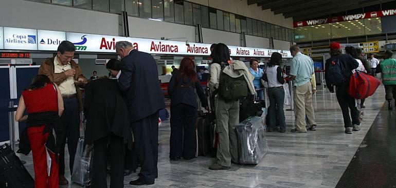 Aeropuerto El Dorado amanece operando normalmente