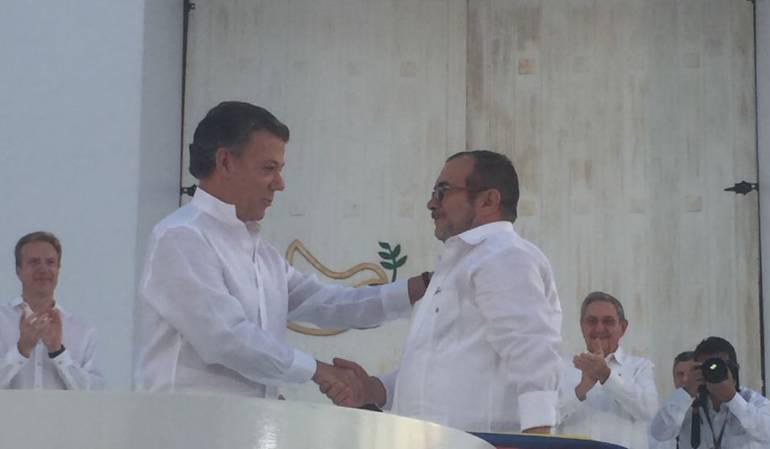 Gobierno y FARC logran nuevo acuerdo de paz — Colombia