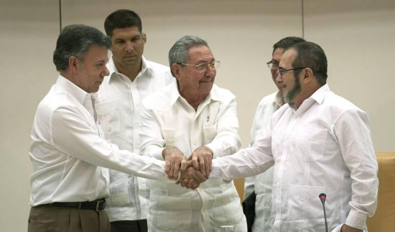 """Rodrigo Londoño """"Timochenko"""" dice acuerdo de FARC con el Gobierno colombiano es """"definitivo"""""""