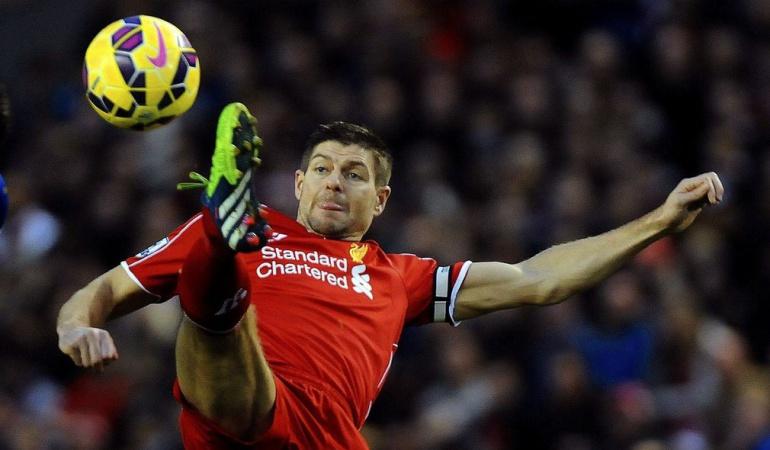 Steven Gerrard: Steven Gerrard anuncia su retiro del fútbol después de 19 años