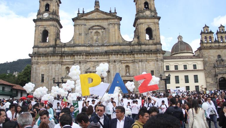 Firma de nuevo acuerdo de paz: Santos y Timochenko firman nuevo acuerdo de paz