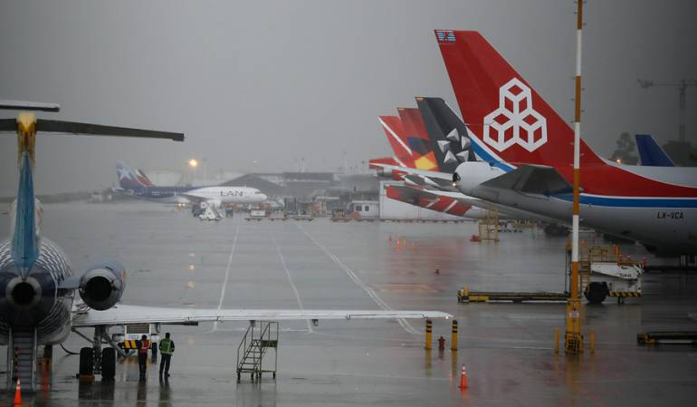 Retrasos en vuelos: Condiciones climatológicas afectaron operaciones aéreas en el país