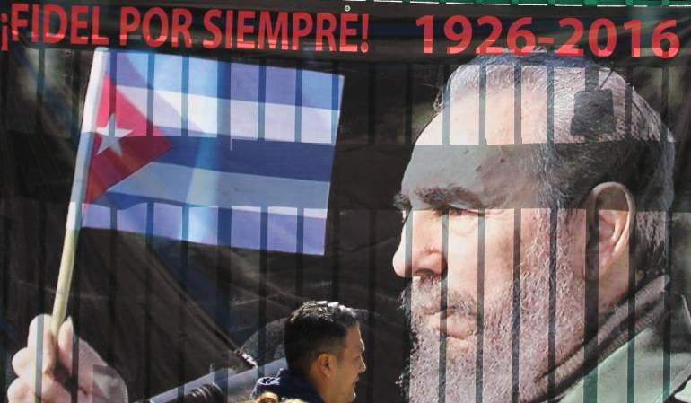 Fidel Castro y su relaciones políticas con el mundo: Las aventuras globales de Fidel Castro y sus socios desalmados