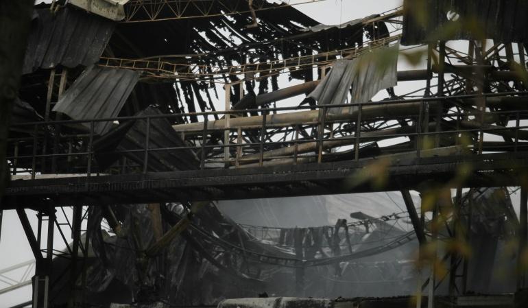 Aumentan a 24 los muertos por un incendio en Oakland