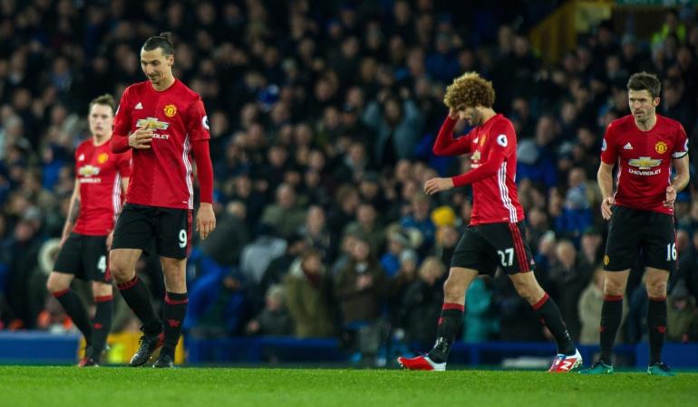 Everton 1-1 Manchester United Premier League: Manchester empata ante el Everton y se distancia más del liderato de la Premier