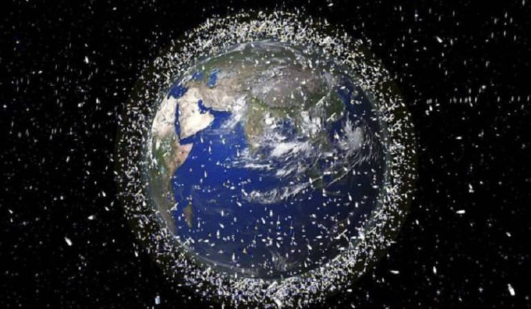 Recolector de basura espacial: El innovador recolector de basura espacial con el que Japón quiere limpiar de escombros la órbita de la Tierra