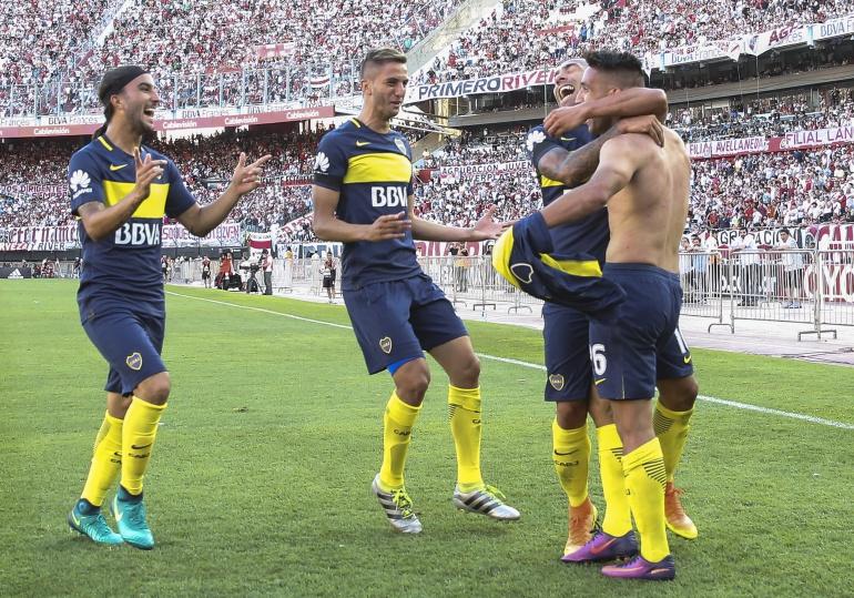 Boca Juniors River Plate: Boca gana a River en destacada tarde de Tevez