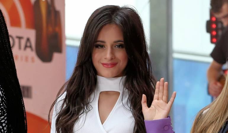 Camila Cabello quiere seguir su carrera como solista: Simon Cowell le ofrece un contrato en solitario a Camila Cabello