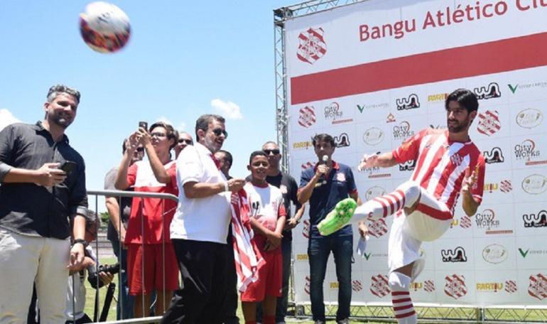 Sebastián Abreu llega a 23 clubes en su carrera