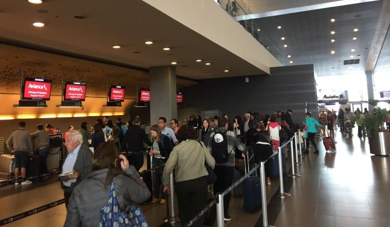 Viajeros de fin de año: Cerca de 800.000 personas se movilizarán por aeropuertos del país